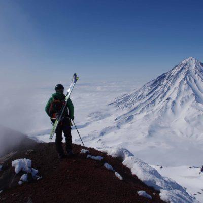 Ski de randonnée en haut des volcans actifs - Avatcha