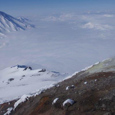 Ascension de volcans actifs en ski de randonnée au Kamtchatka