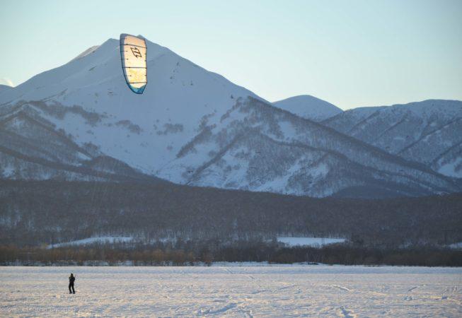 ski de randonnée et snow kite au coeur des volcans actifs du Kamtchatka